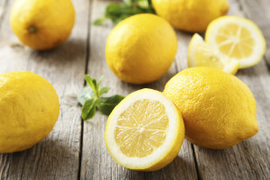 natural way fight bad breath lemon drop