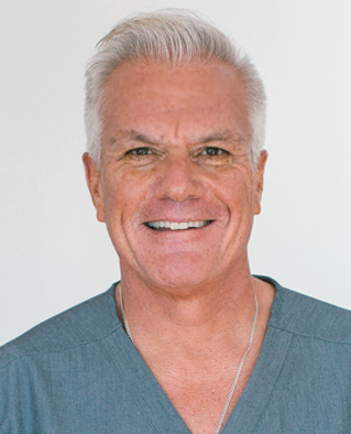 Top Rated Dentist in Newbury Park & Conejo Valley | Dr. Villarreal